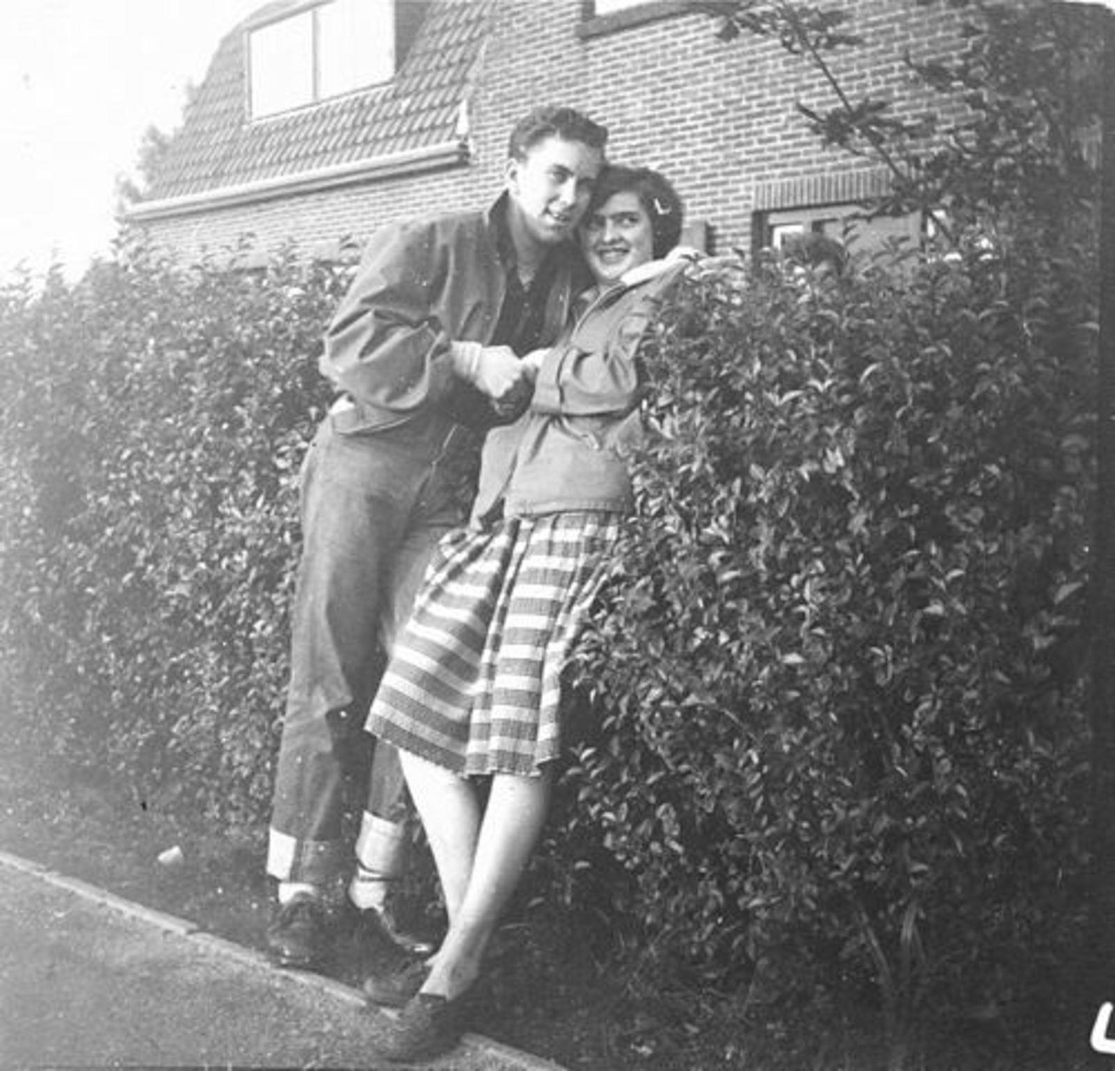 Koeckhoven Grad 1937 1954 met Kobus Calvelage in de Heg