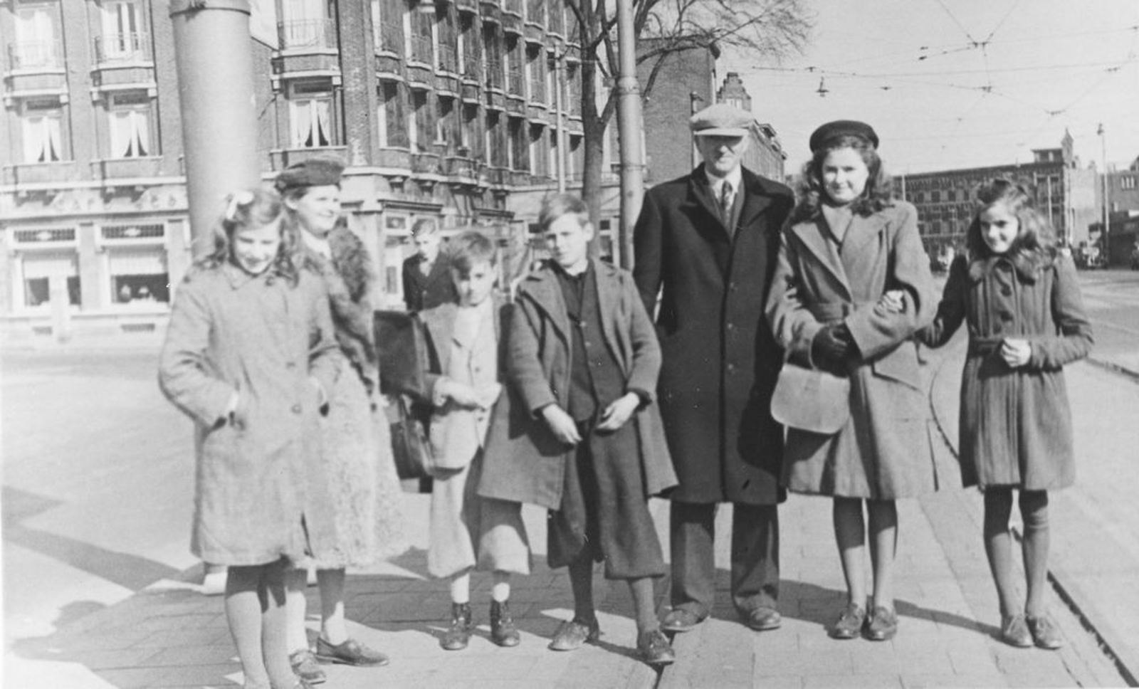 Koeckhoven Therus Janzn 1899 1947 Emigratiekeuring in Den Haag