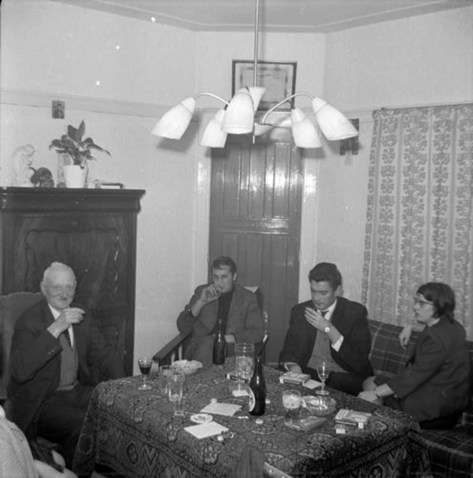 Koeckhoven Therus Janzn 1899 1964-65 binnen bij Fortweg 36