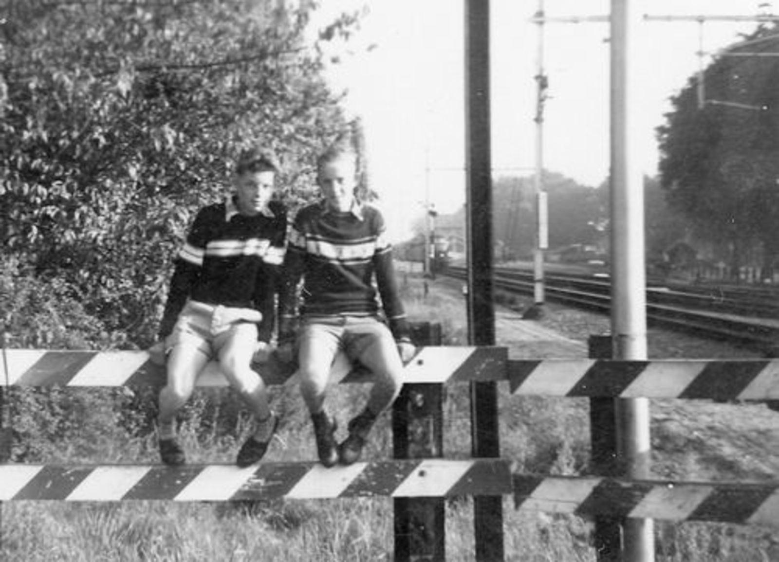 Koolbergen Aad 1941 1957± Fietsen met Vrienden 02