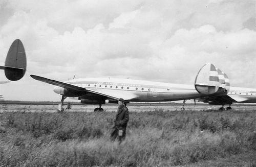 Koolbergen Aad 1941 1959 op Schiphol bij Constellation
