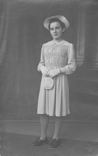Koolbergen Cok 1927 19__ bij de Fotograaf