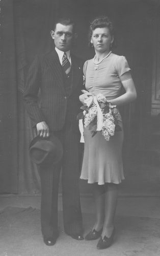 Koolbergen Fons 1914 1940 trouwt Tinie Stiekema