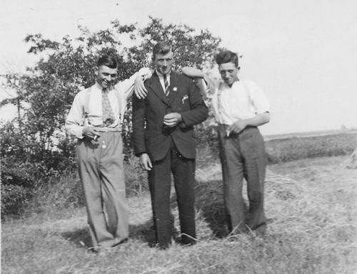 <b>ZOEKPLAATJE:</b>Koolbergen Fons 1914 19__ op Stap met onbekende Vrienden