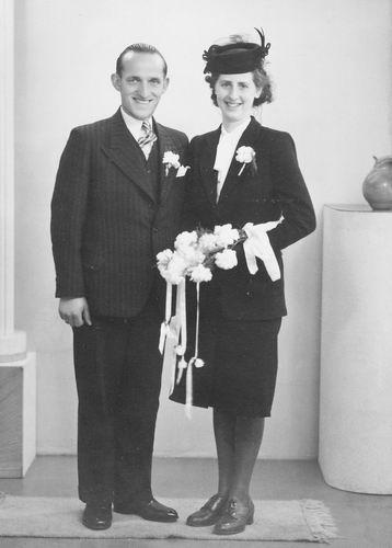 Koolbergen Janus 1915 1946 trouwt Bep Rekelhof