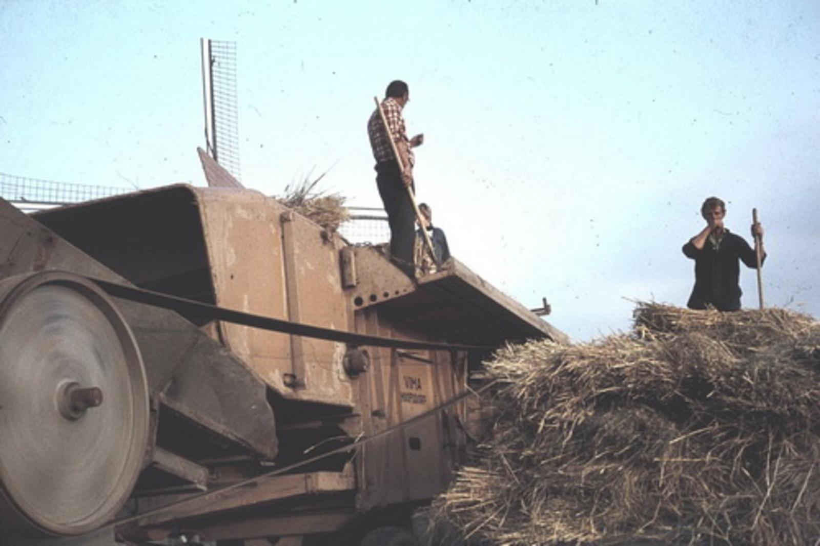 Korenoogst Dorsdemo 1978 aan Hoofdweg 03
