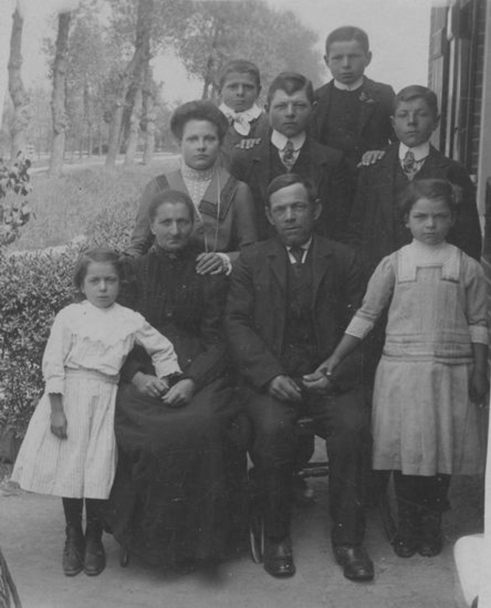Koter Jan Willem 1866 191_ gezinsfoto