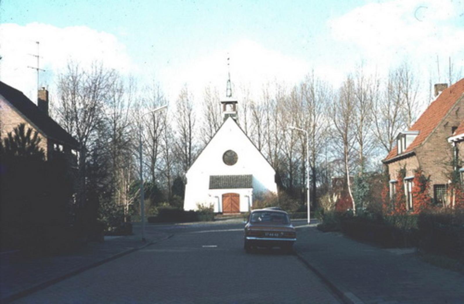 Kruislaan Z 0052 197_ Witte Kerkje
