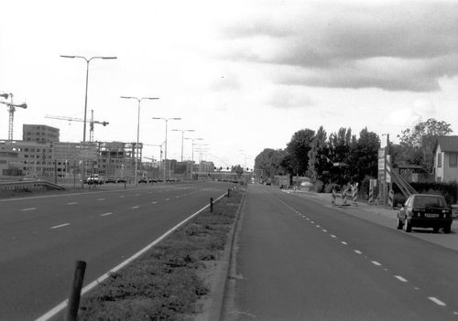 Kruisweg N 0595 1992± door WJ vd Linden 052