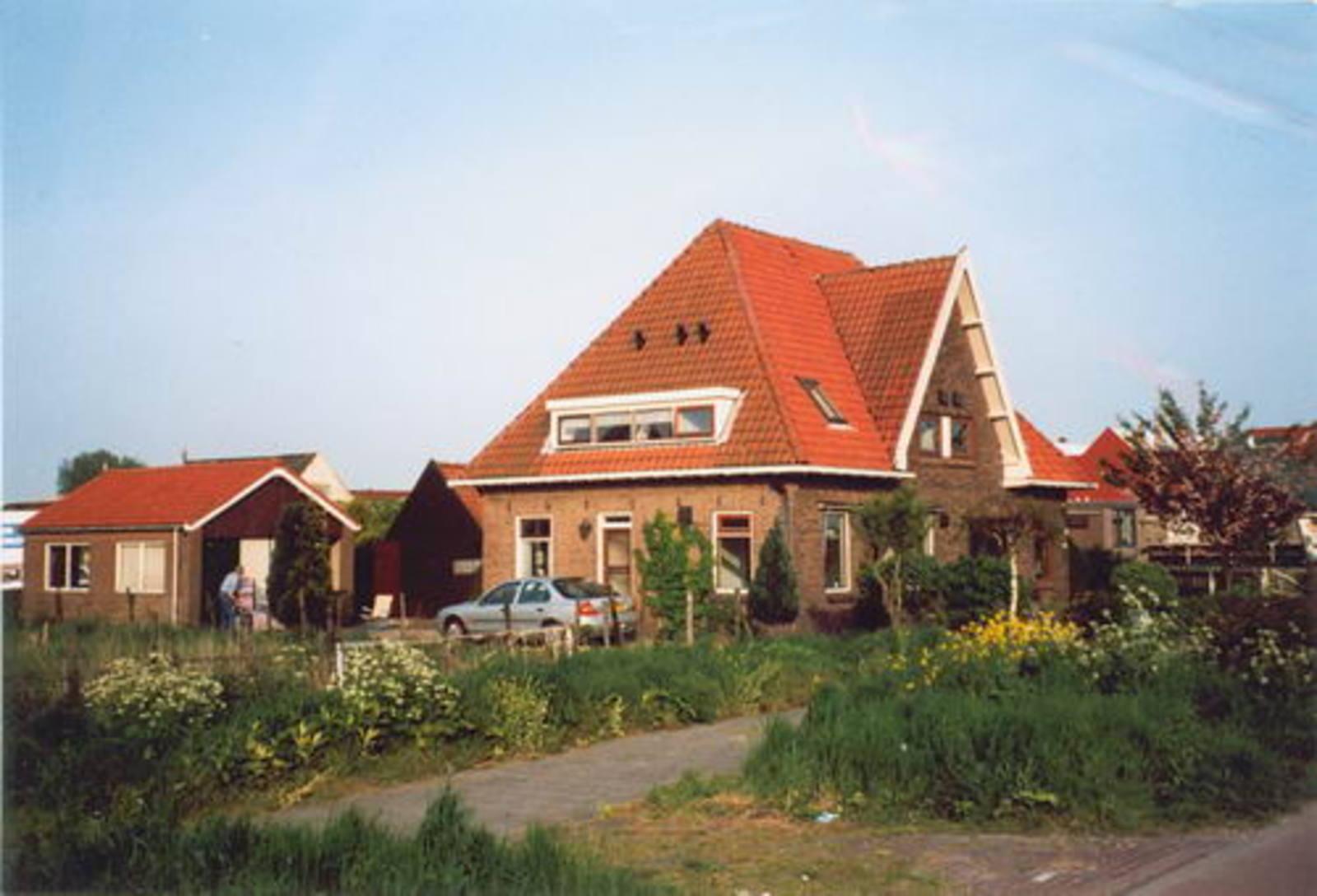 Kruisweg N 0719-717± 1999 Huize Vester en Verhoeve
