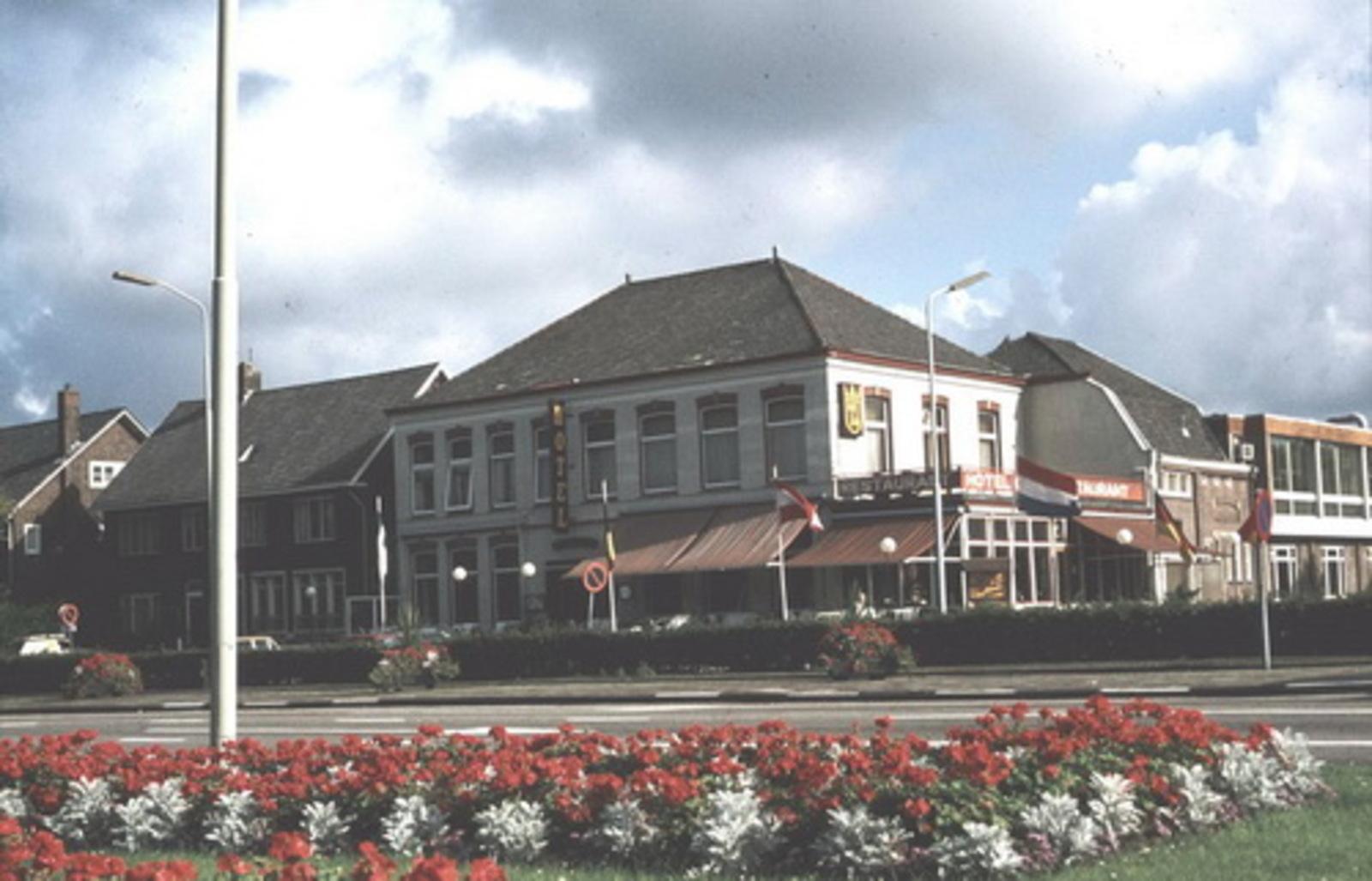 Kruisweg N 1007 198_ Beurs vanaf kruising Hoofdweg