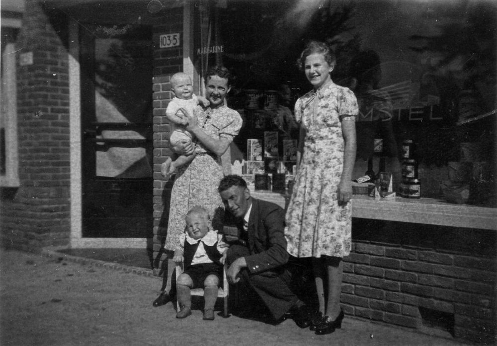 Kruisweg N 1035 1939 Spar Kruidenier fam Schouten