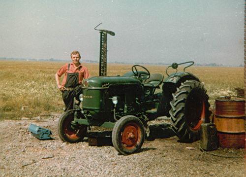Lanser Fa Joop 19__ Niek Slootweg bij Deutz Tractor