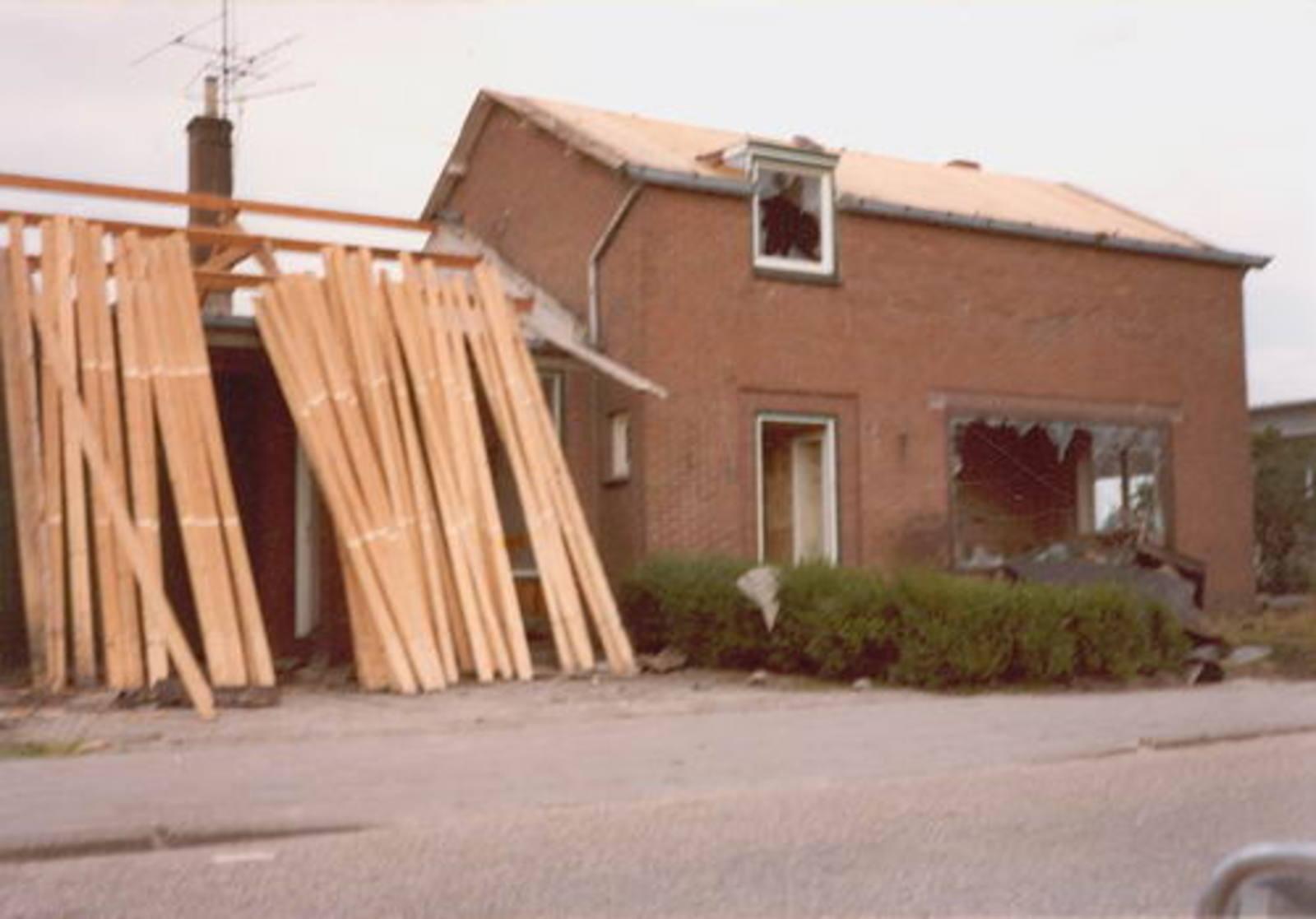 Lisserdijk 0057 1979± Sloop voor Schiphollijn