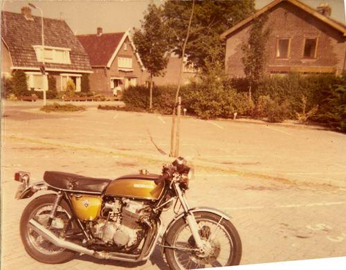 Manegelaan N 0043-39 198_ met Honda CB750