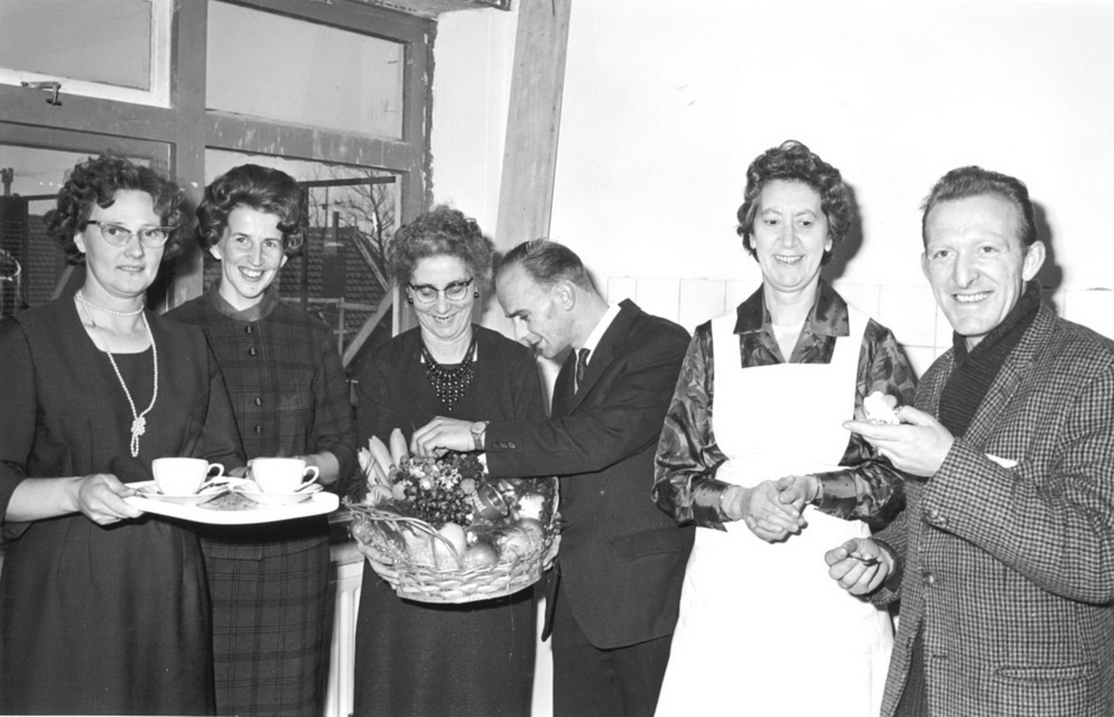 Marktlaan O 0022 1963 Opening Nieuwe Winkel Kraak 12