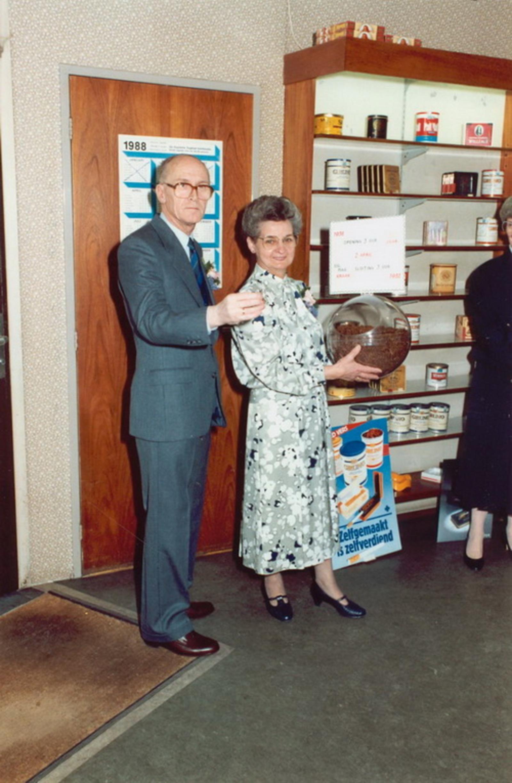 Marktlaan O 0022 1988 Sigarenboer Kraak 50jr Jub en Sluiting 15