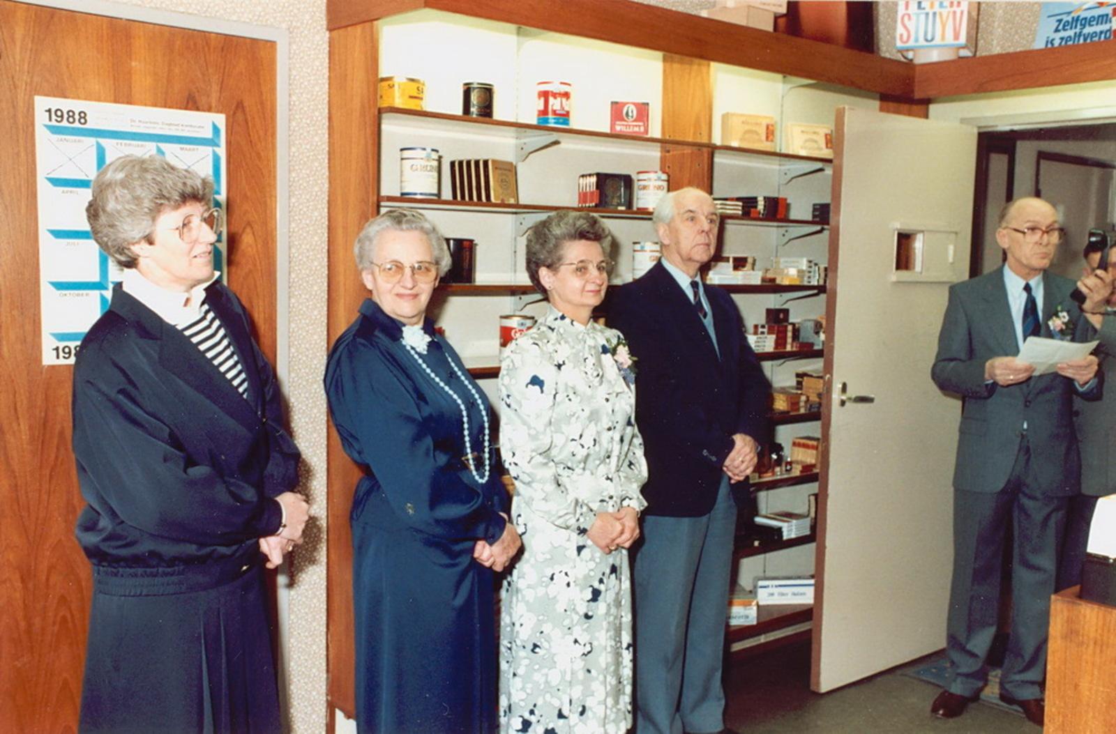 Marktlaan O 0022 1988 Sigarenboer Kraak 50jr Jub en Sluiting 19