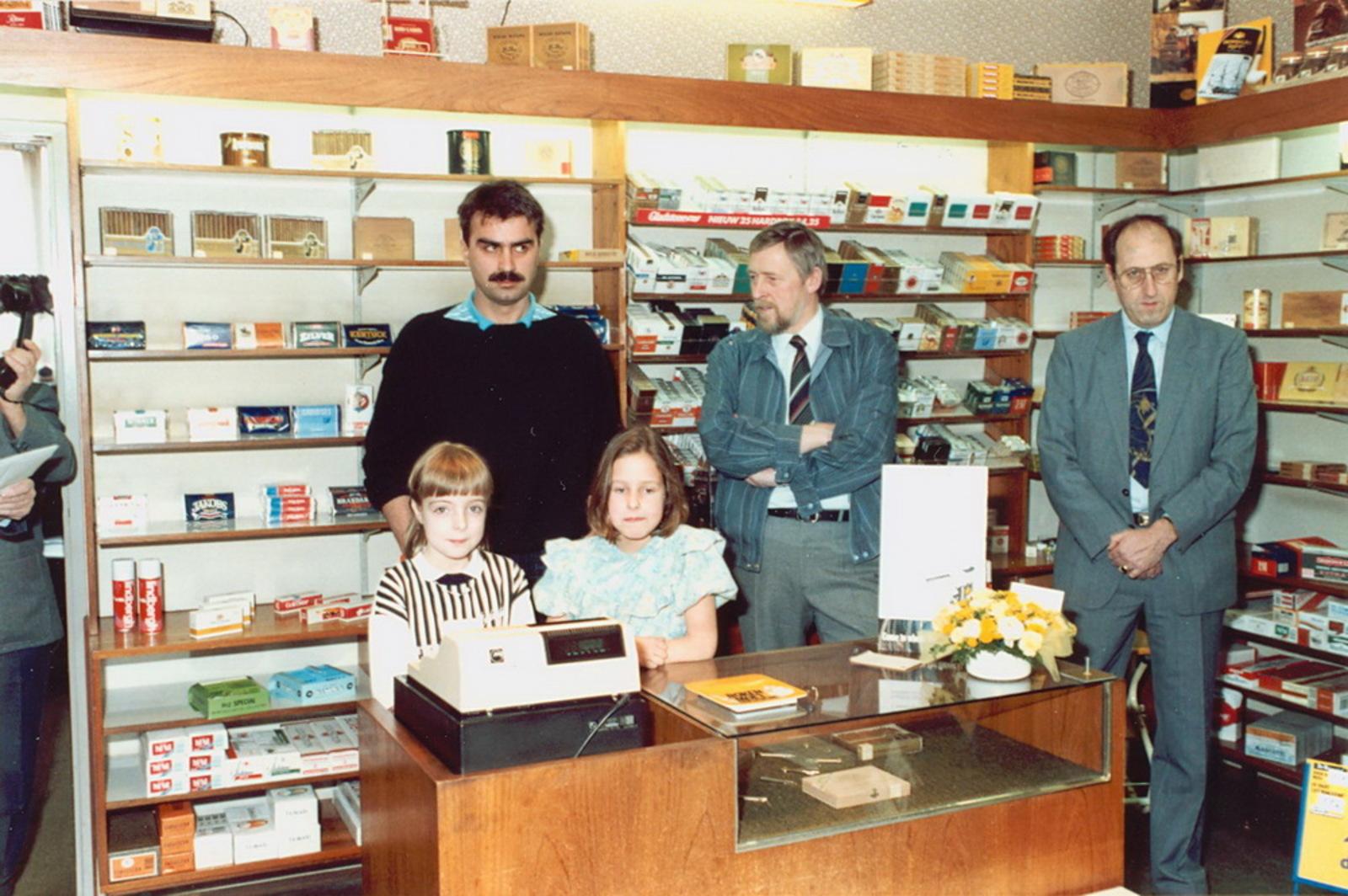 Marktlaan O 0022 1988 Sigarenboer Kraak 50jr Jub en Sluiting 20