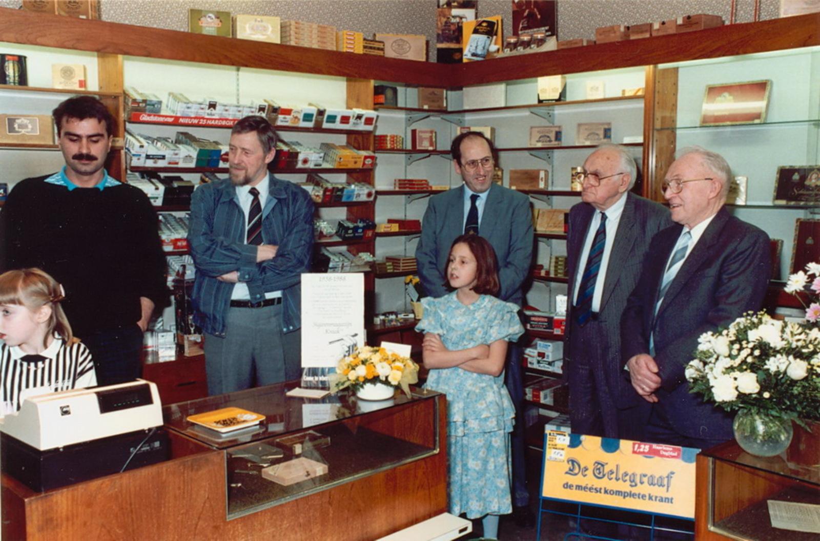Marktlaan O 0022 1988 Sigarenboer Kraak 50jr Jub en Sluiting 22