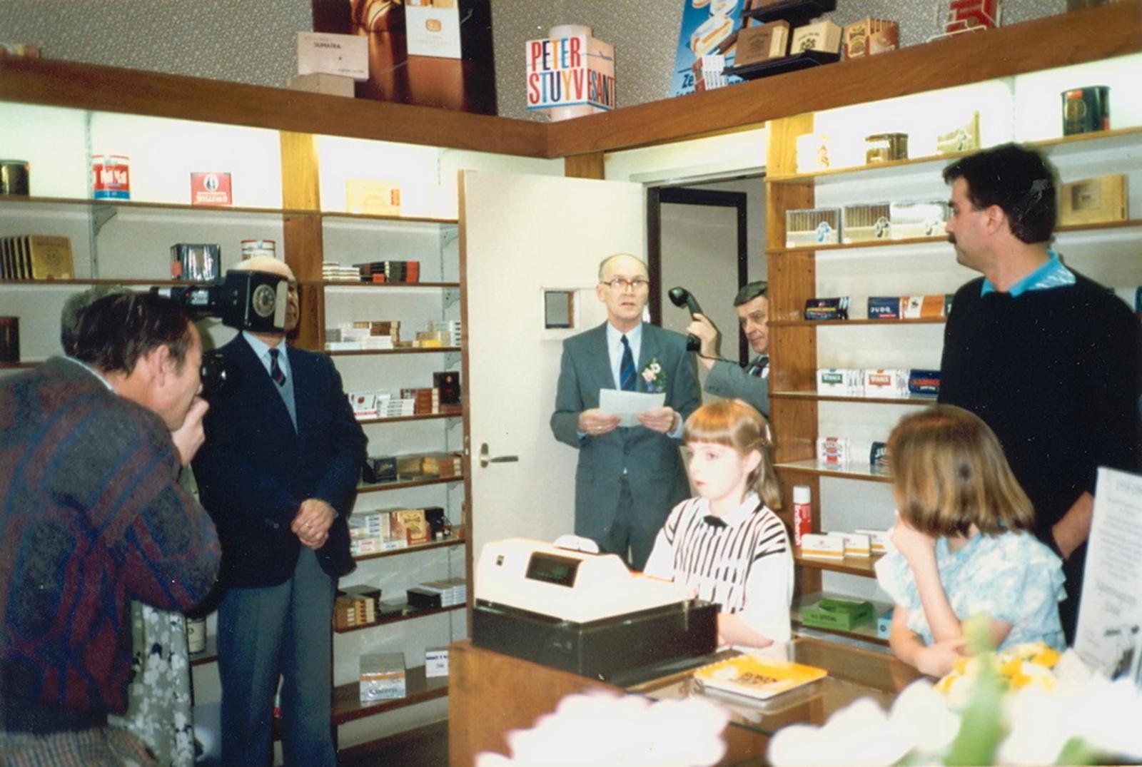 Marktlaan O 0022 1988 Sigarenboer Kraak 50jr Jub en Sluiting 33