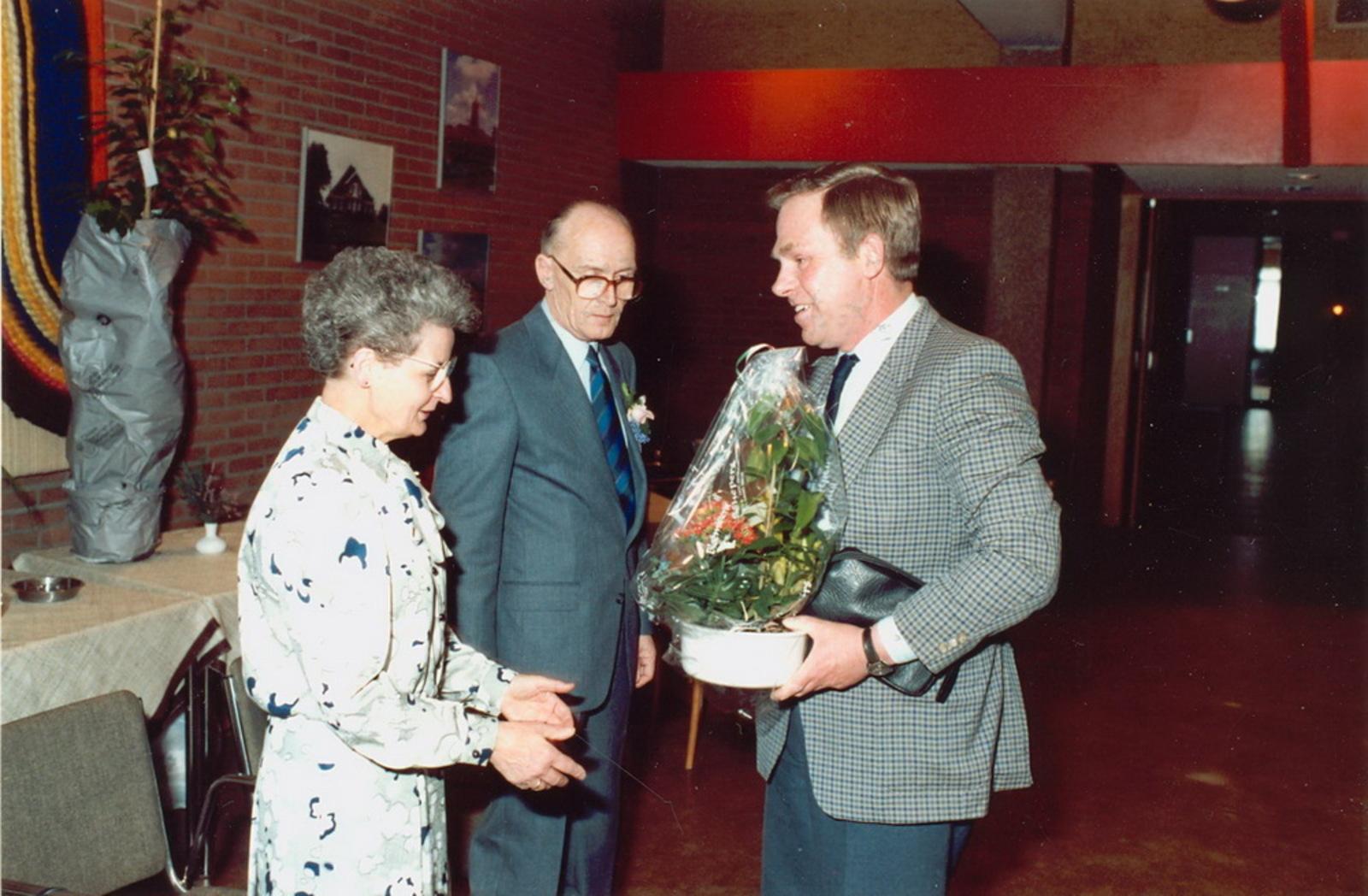 Marktlaan O 0022 1988 Sigarenboer Kraak 50jr Jub en Sluiting 41