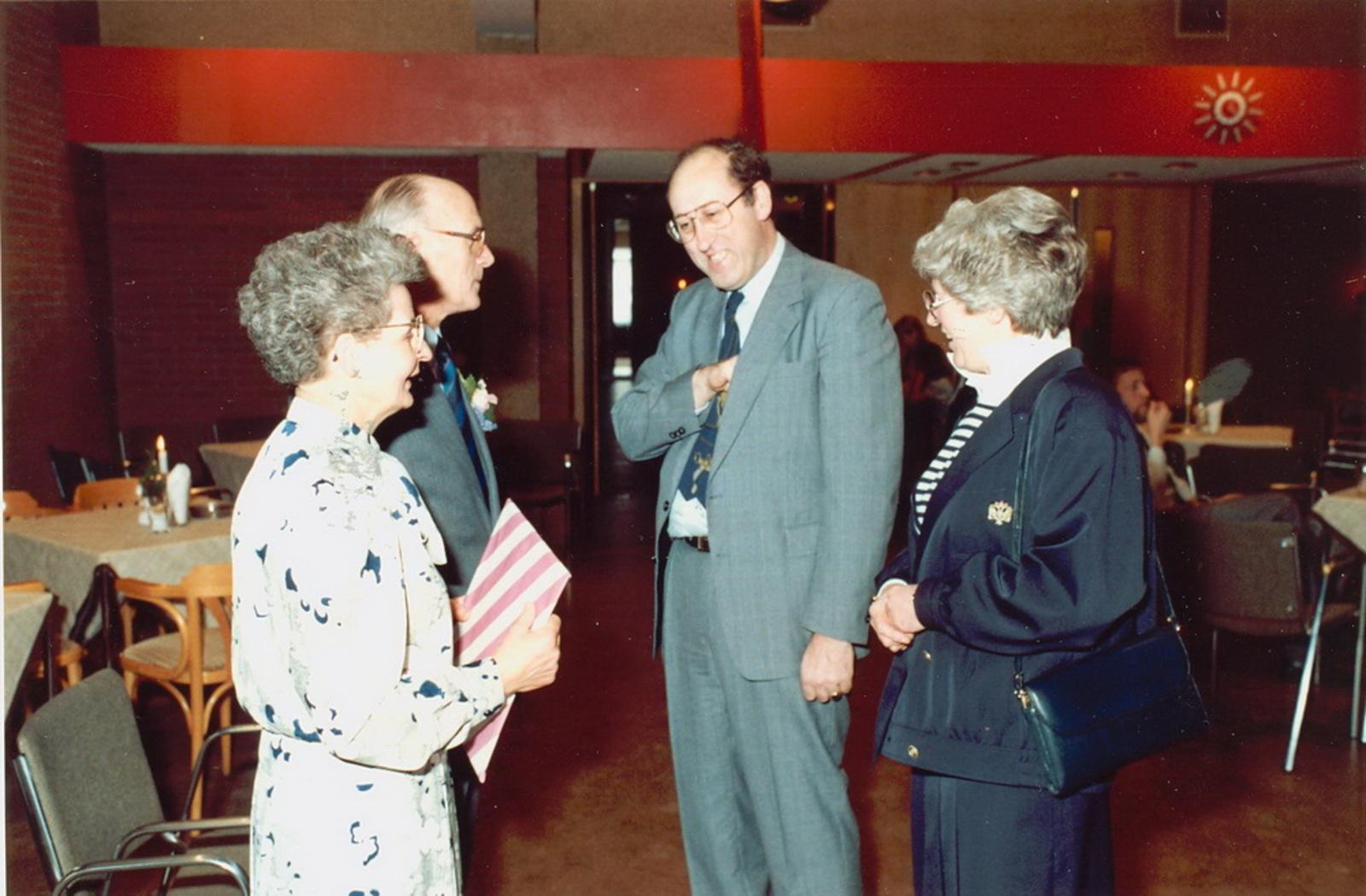 Marktlaan O 0022 1988 Sigarenboer Kraak 50jr Jub en Sluiting 42