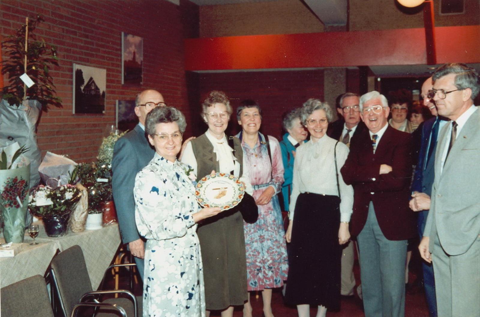 Marktlaan O 0022 1988 Sigarenboer Kraak 50jr Jub en Sluiting 49