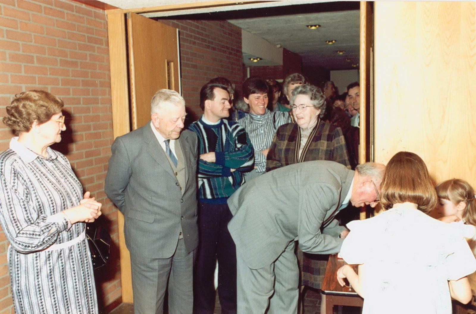 Marktlaan O 0022 1988 Sigarenboer Kraak 50jr Jub en Sluiting 50