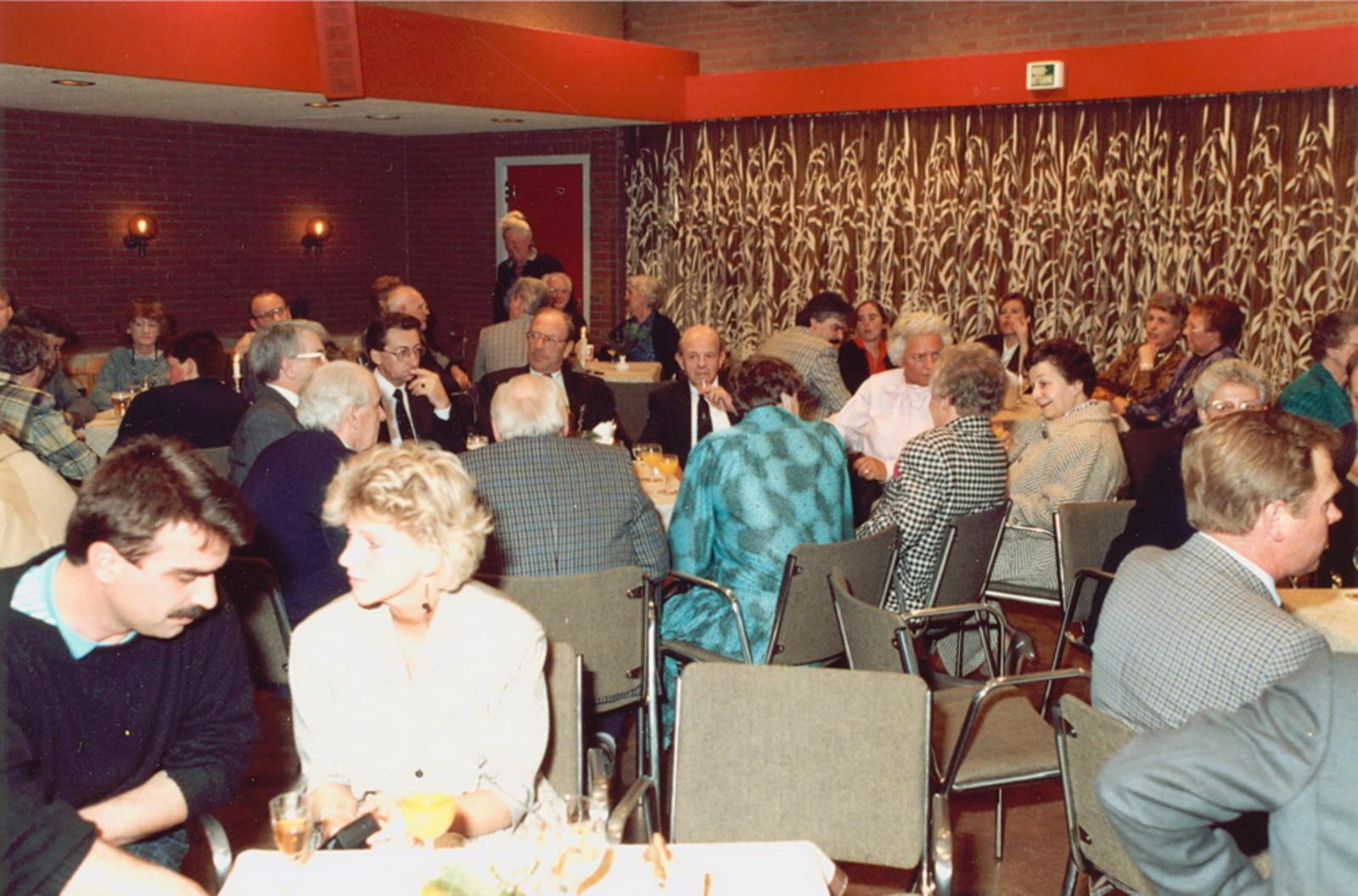 Marktlaan O 0022 1988 Sigarenboer Kraak 50jr Jub en Sluiting 51