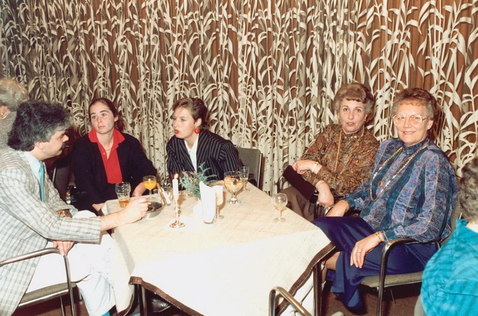 Marktlaan O 0022 1988 Sigarenboer Kraak 50jr Jub en Sluiting 55