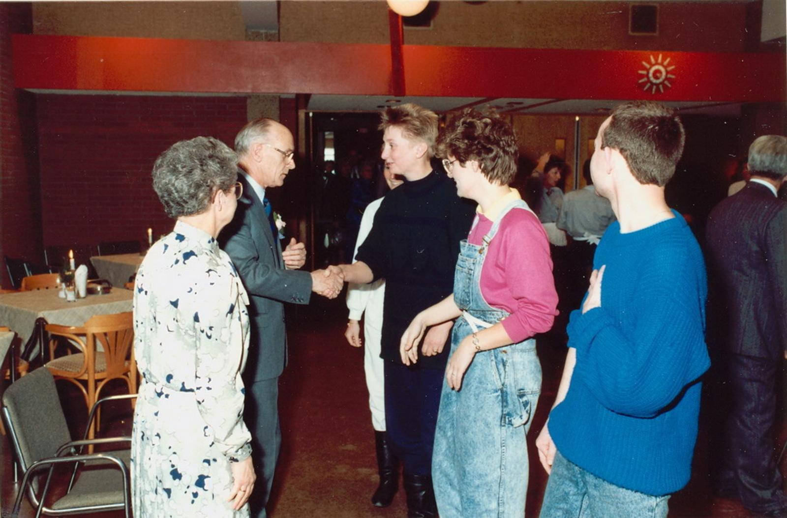 Marktlaan O 0022 1988 Sigarenboer Kraak 50jr Jub en Sluiting 60