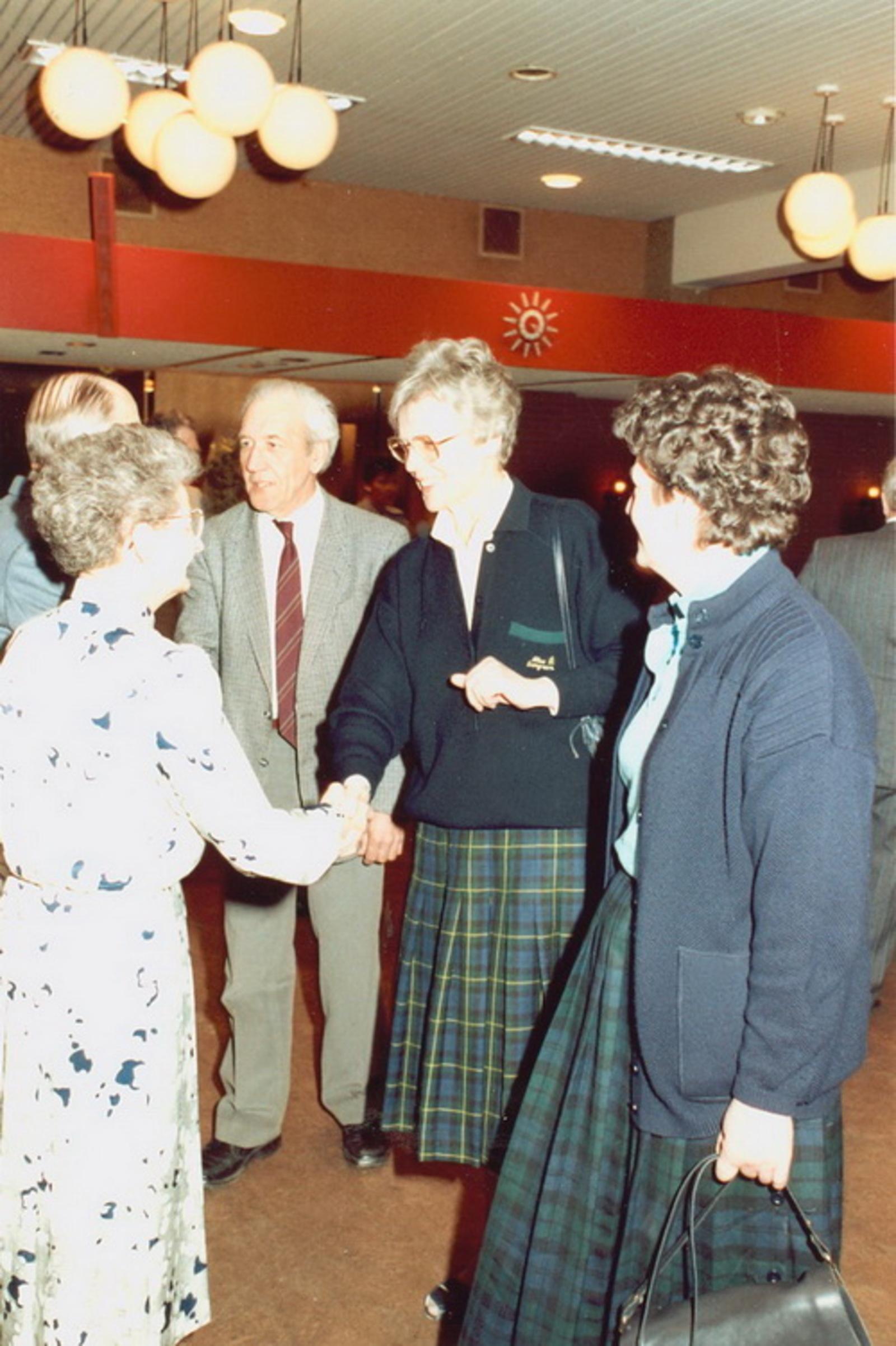 Marktlaan O 0022 1988 Sigarenboer Kraak 50jr Jub en Sluiting 63