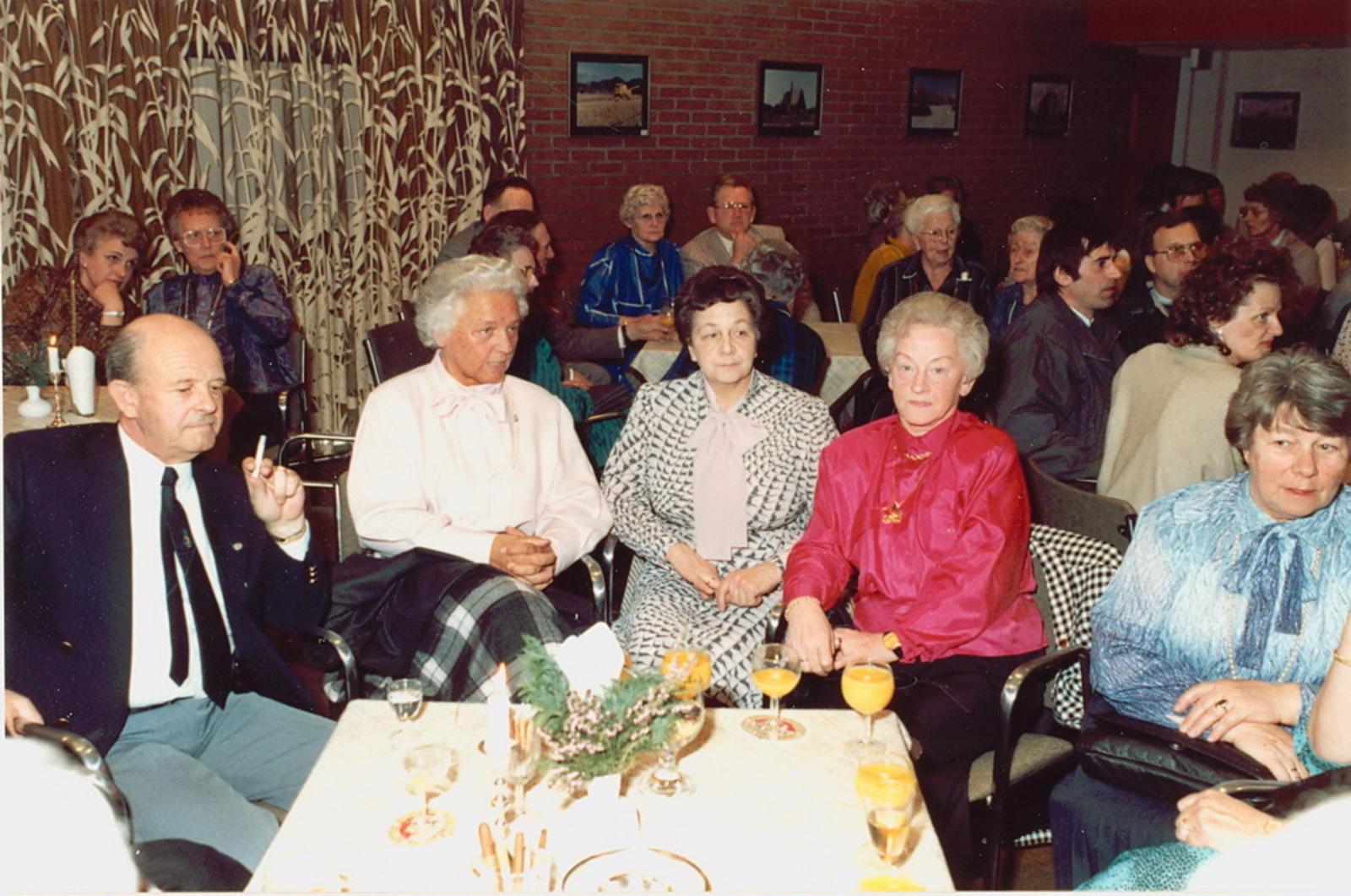 Marktlaan O 0022 1988 Sigarenboer Kraak 50jr Jub en Sluiting 65