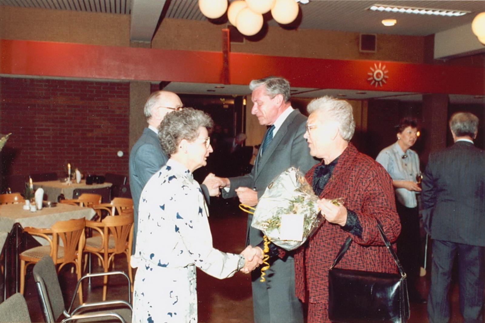 Marktlaan O 0022 1988 Sigarenboer Kraak 50jr Jub en Sluiting 68
