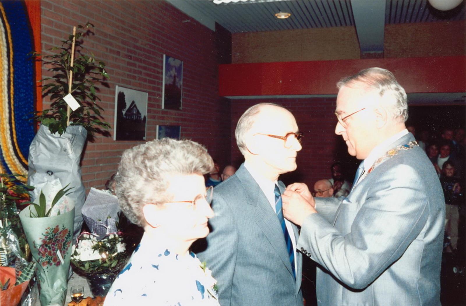 Marktlaan O 0022 1988 Sigarenboer Kraak 50jr Jub en Sluiting 75