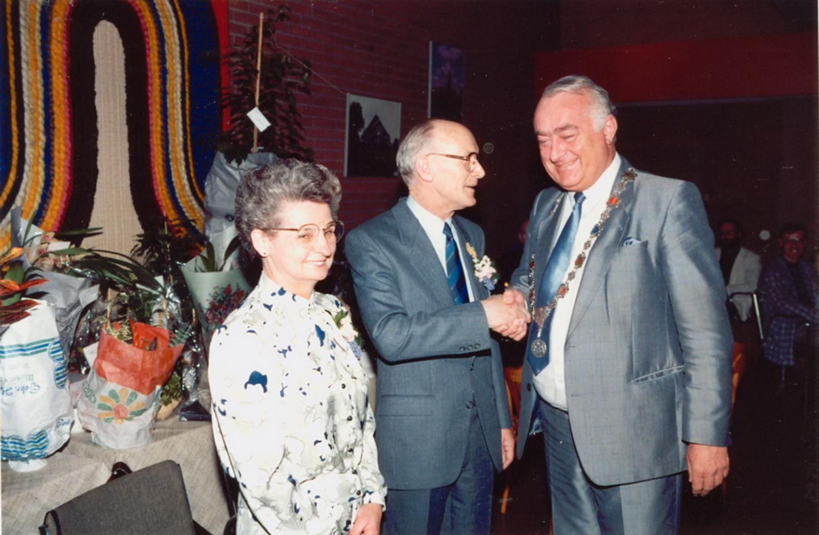 Marktlaan O 0022 1988 Sigarenboer Kraak 50jr Jub en Sluiting 78