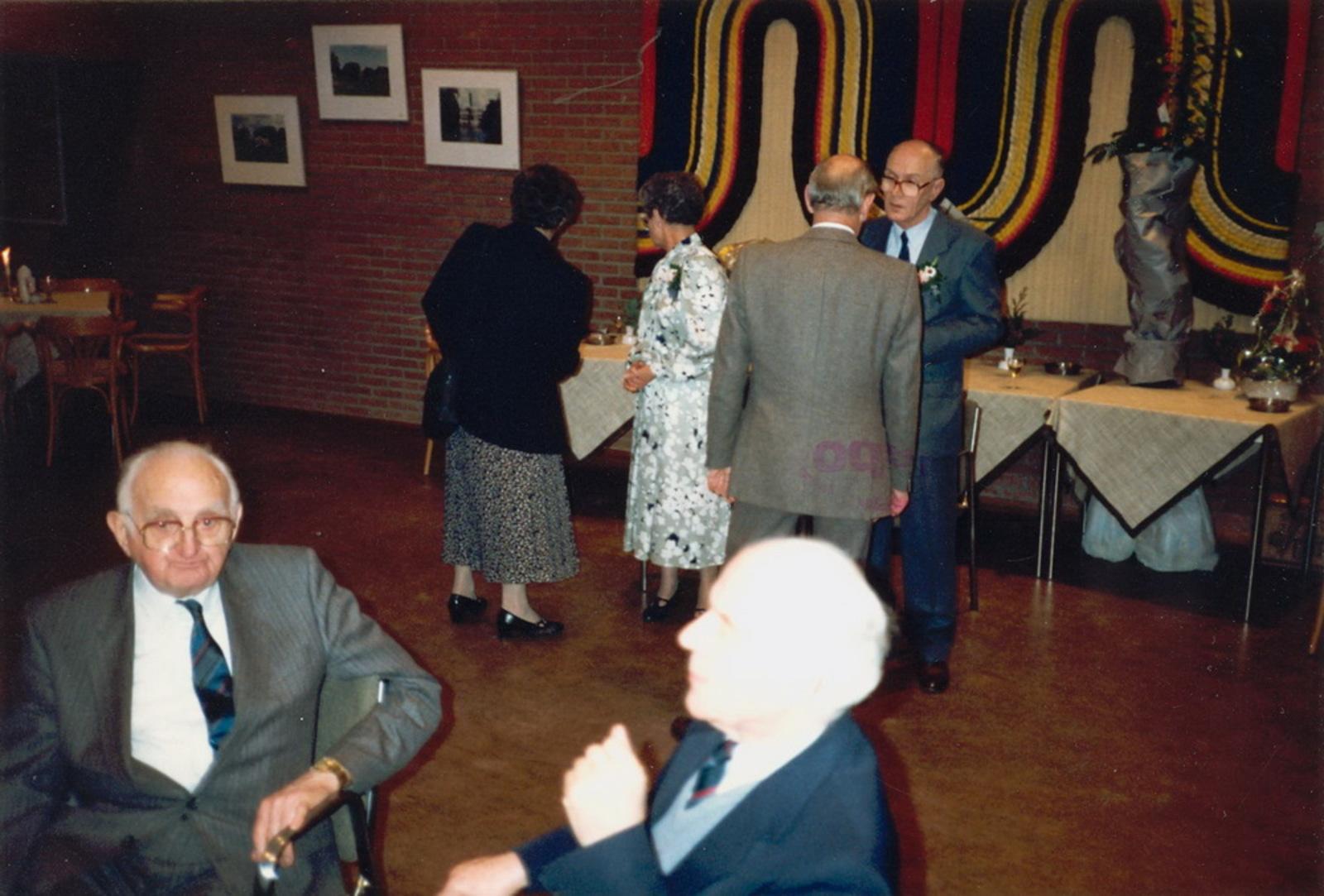 Marktlaan O 0022 1988 Sigarenboer Kraak 50jr Jub en Sluiting 85
