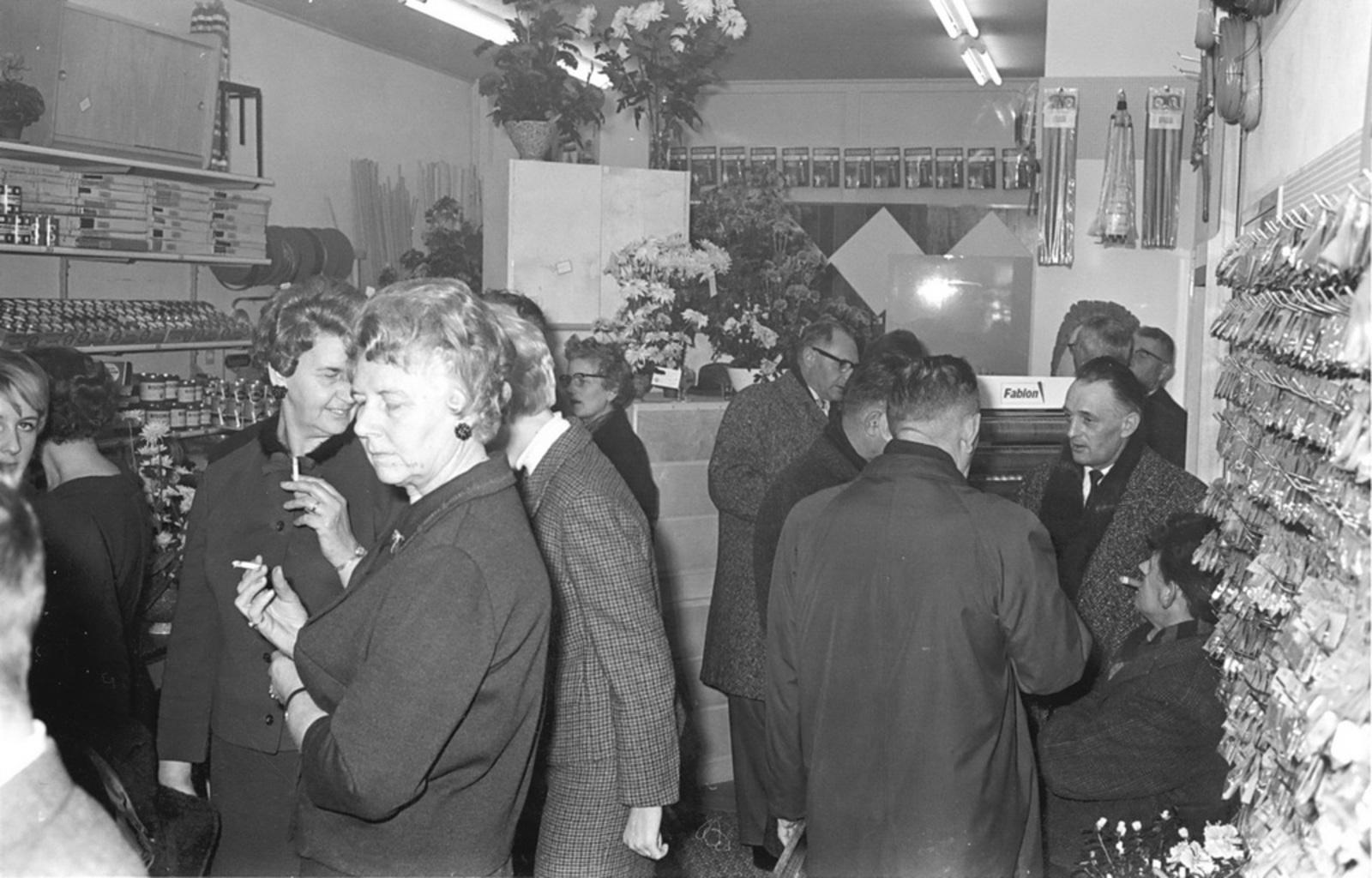 Marktlaan O 0024 1963 Opening Nieuwe Winkel v Scheppingen 04