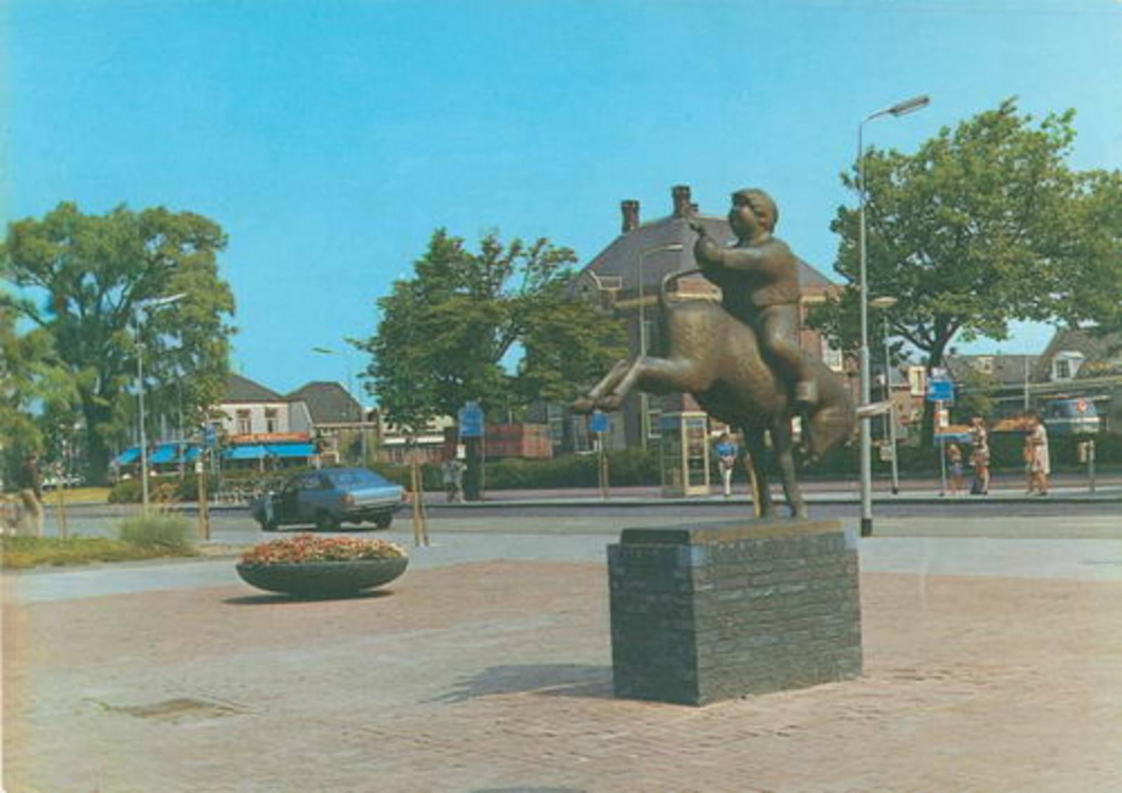 Marktplein C Dik Trom Beeld 1973
