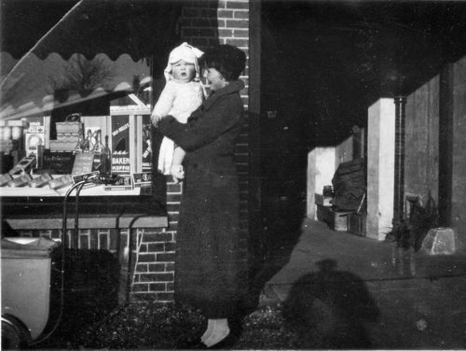 Marktplein N 0005  1938 Kruidenier fam Schouten
