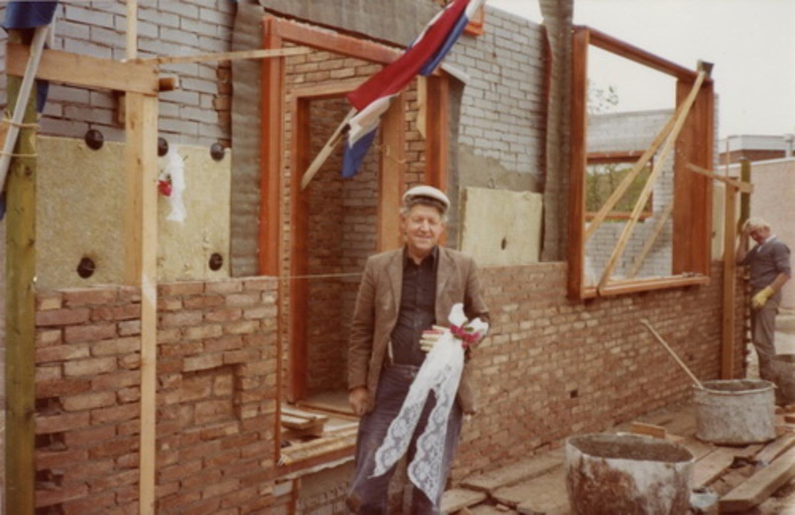 Marktplein N 0037 1978 Nieuwbouw huize aannemer den Ouden 02