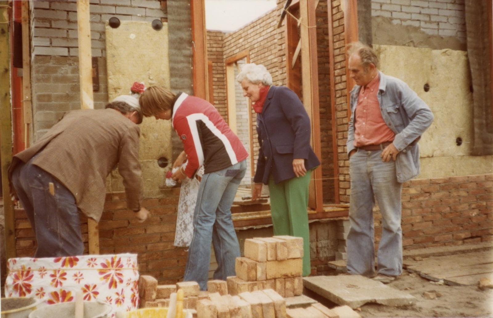 Marktplein N 0037 1978 Nieuwbouw huize aannemer den Ouden 05