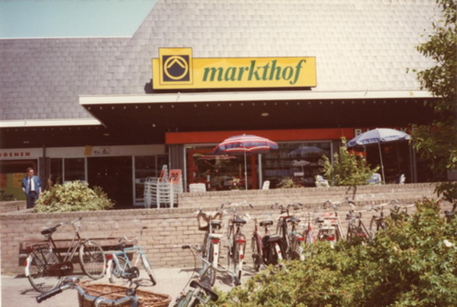 Marktplein Z 0040+ 1972+ Markthof 01
