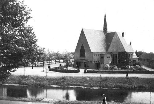 Marktplein Z 0094 1944 Geref Kerk door Dirk vd Helm