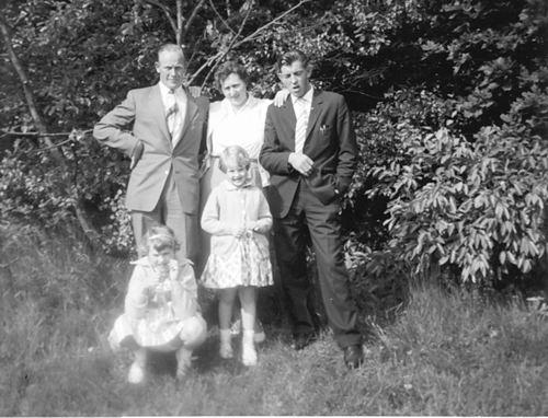Meer Albertus vd 1935 1961 Uitjes met fam Akse 03
