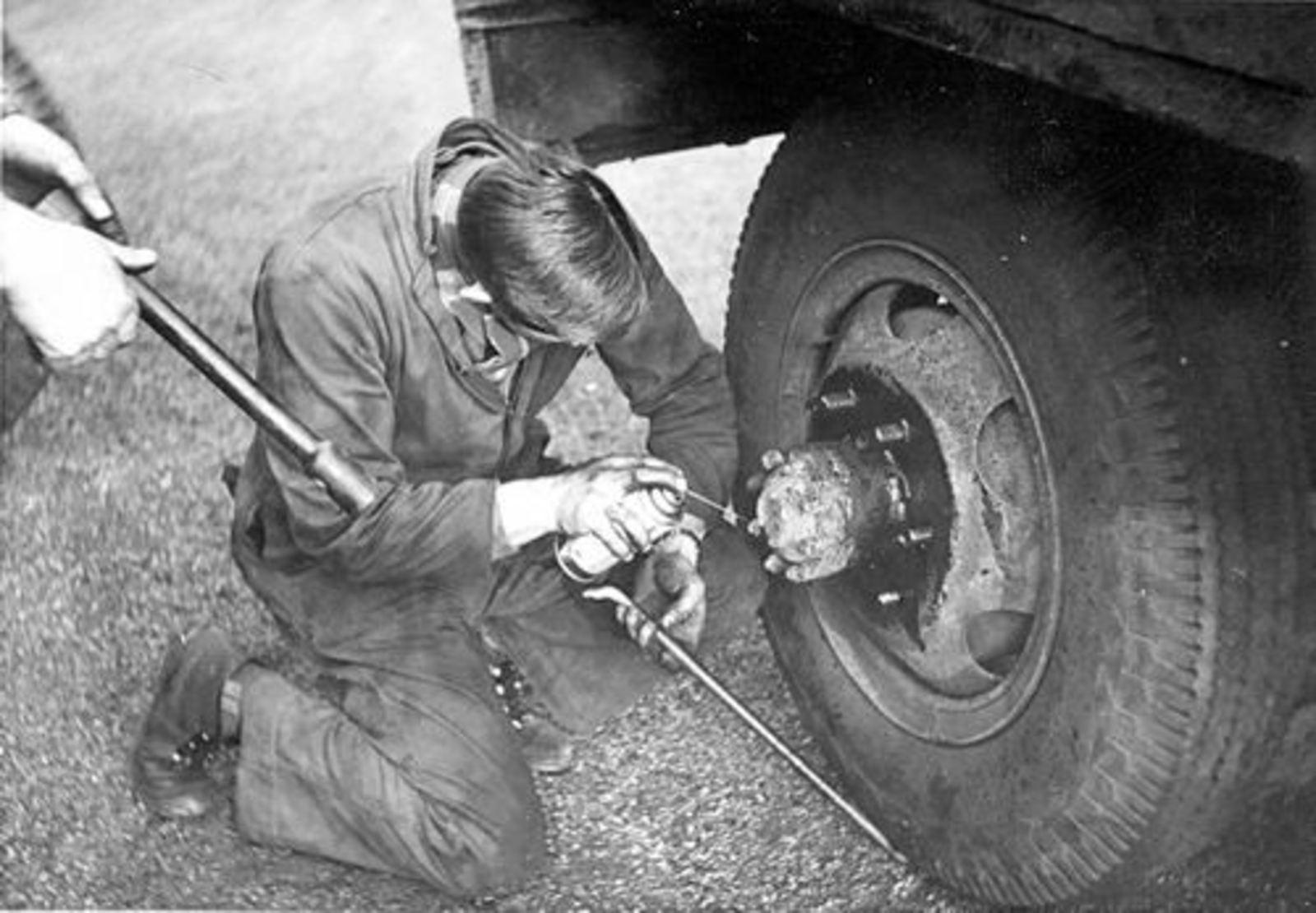 Meer Albertus vd 1935 1961+ Verwisselt Wiel Vrachtwagen Kromhout 01