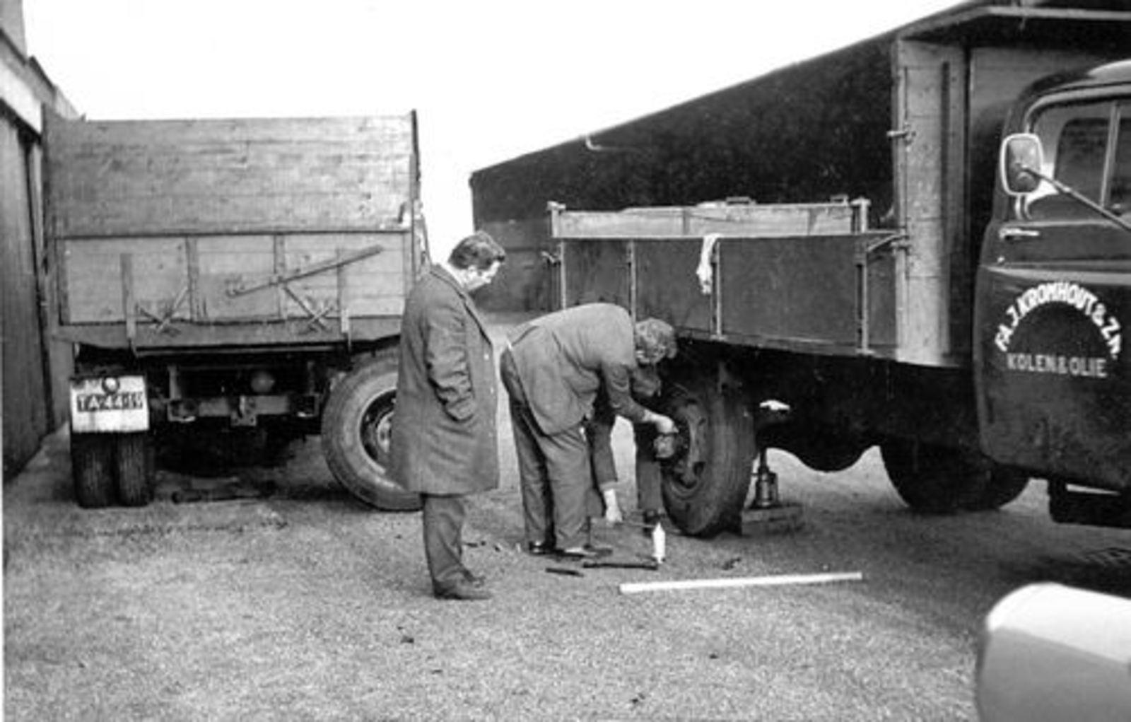Meer Albertus vd 1935 1961+ Verwisselt Wiel Vrachtwagen Kromhout 02