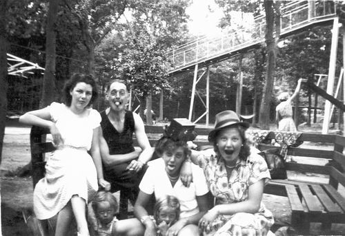 Meer Fem vd 1952 met Fam Cor Spijker naar Oud-Valkeveen 03