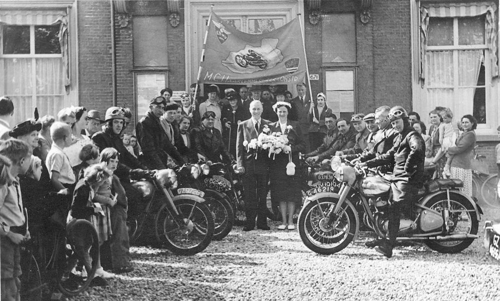 Motorclub Hmeer 1952 bij Huwelijk Gerrit Bruijn